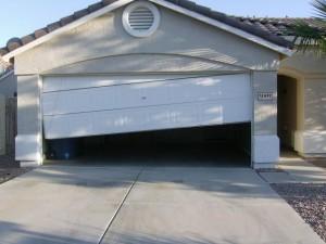 garage-door-broken