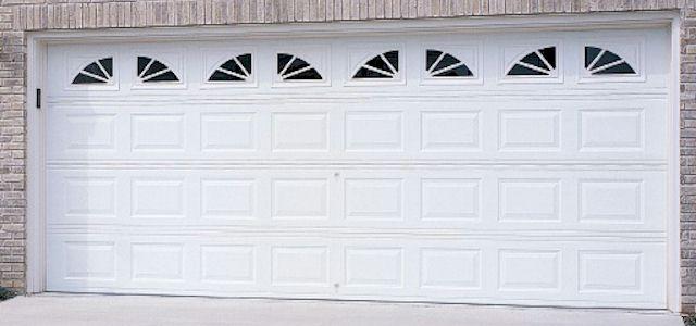 windows on garage doors www.bestgarage-door-repair.com
