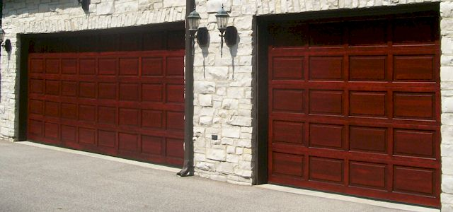 wooden garage doors www.bestgarage-door-repair.com