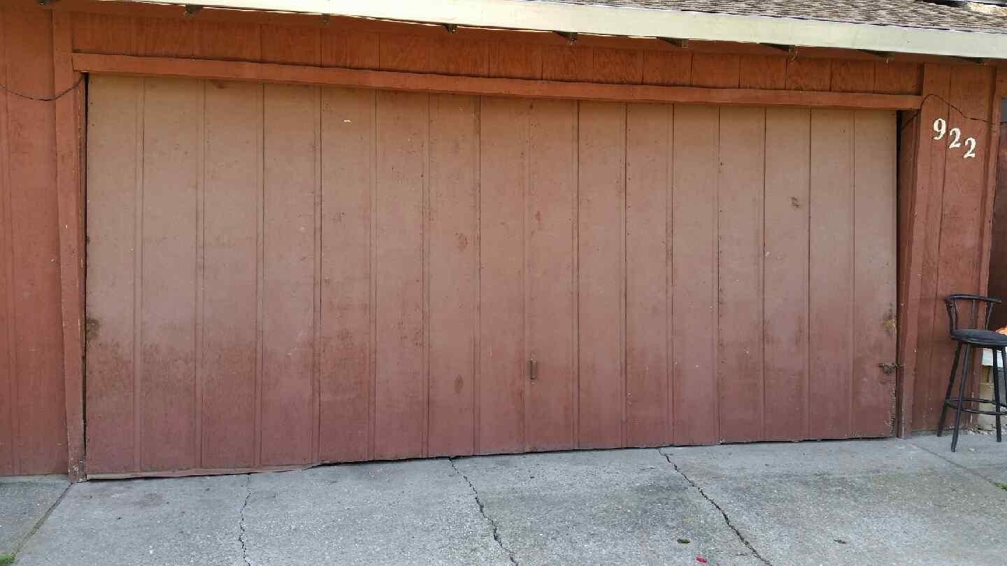 Old garage door www.bestgarage-door-repair